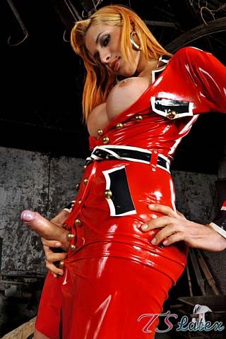 hot shemale in latex